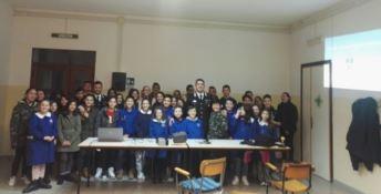 Catanzaro, bullismo: i carabinieri spiegano le insidie ai giovani