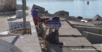Crotone, i volontari riqualificano l'area antistante la Lega Navale