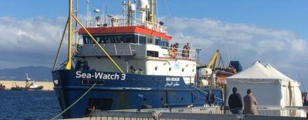 A Reggio Calabria il primo sbarco dell'era Salvini. Giunti al porto 232 migranti -VIDEO