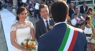 Soverato, celebrato il primo matrimonio in riva al mare - VIDEO