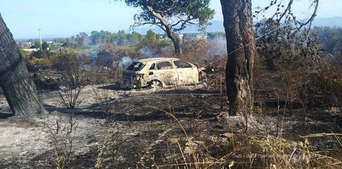L'auto bruciata rinvenuta