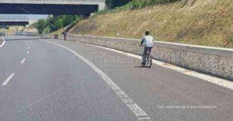 Autostrada del Mediterraneo? Si può percorrere tranquillamente in bici...