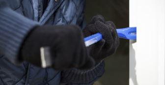 Troppi furti in paese, sindaco del Crotonese al prefetto: «Servono controlli»