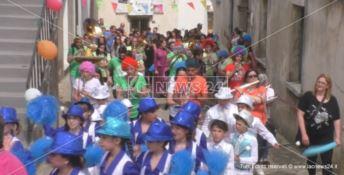 Caccuri, paese dell'accoglienza, festeggia il Kids Festival - VIDEO