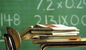 Scuola, la Calabria tra le ultime regioni a tornare sui banchi