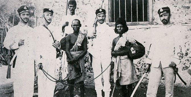 Un'immagine storica del colonialismo italiano in Africa