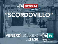 Viaggio nel campo rom di Scordovillo, il reportage su LaC Tv