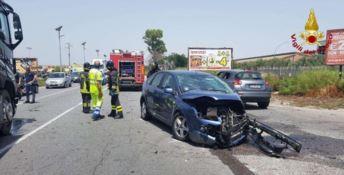 Crotone, incidente sulla statale 106: tre feriti trasportati in ospedale