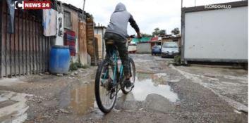 Viaggio nel campo rom di Scordovillo tra topi, degrado e abbandono