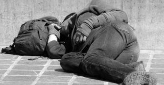 Cadavere di un senzatetto rinvenuto alla periferia di Crotone