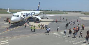 Aeroporto di Crotone, avvio positivo: 17mila passeggeri nel primo mese -VIDEO