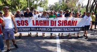 Laghi di Sibari insabbiati, residenti contro la Regione