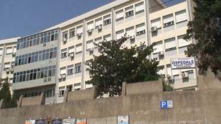 Soverato: occupati i parcheggi per i dializzati, scatta la protesta