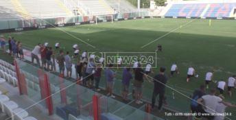 Calcio, al via il ritiro pre campionato del Crotone