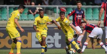 A rischio la Serie A per Chievo e Parma: Crotone spera