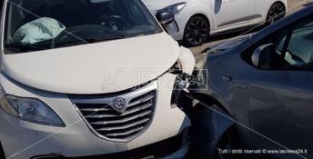 Catanzaro, maxi-scontro sulla statale 106: due donne e una bambina ferite