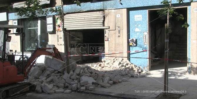 Bar esploso a Cosenza