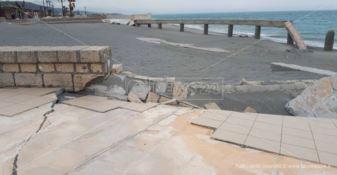 Le coste calabresi devastate, il mare si riprende quel che era suo - FOTO