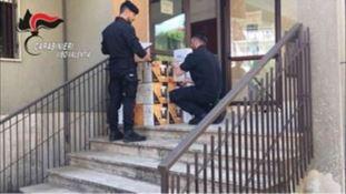Truffa da 5mila euro: sequestrate 50 macchine da caffè
