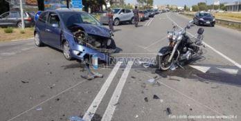 Catanzaro, scontro frontale auto-moto sulla statale 106