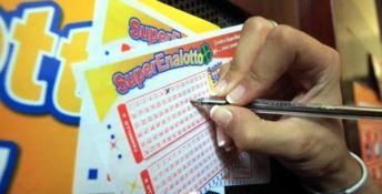La fortuna bacia Catanzaro: vinti 200mila euro al Superenalotto