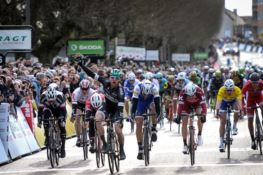 GIRO D'ITALIA | Settima tappa: vince Bennett davanti a Viviani e Bonifazio