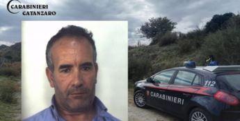 Catanzaro, frusta la moglie con i cavi elettrici: arrestato