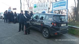 Discarica di Celico, gli attivisti: «Vogliamo controllare i camion»