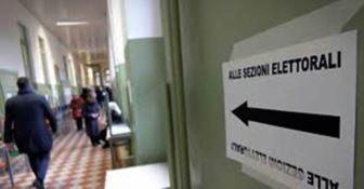 Regionali, l'affluenza in Calabria alle 12: meglio del 2014 quando ci fu astensionismo record