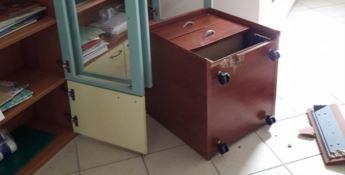 Isola Capo Rizzuto, furto di materiale didattico in uso ai bambini dislessici