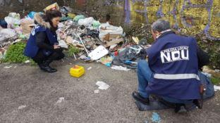 Cosenza, decoro urbano in azione: rimosse decine di siringhe (VIDEO)