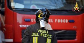 A fuoco l'auto della vicepresidente del Centro servizio volontariato di Crotone: indagini in corso