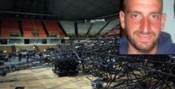 Crollo del palco di Laura Pausini, 5 condanne per la morte di Matteo