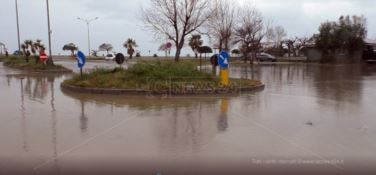 Mareggiate in Calabria, si contano i danni
