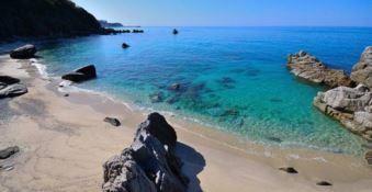 La spiagge di Parghelia e Caminia tra le più belle d'Italia