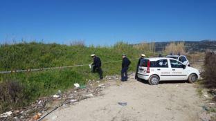 Rifiuti speciali sul fiume Angitola: sequestrata discarica abusiva