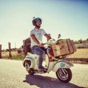 Il giro d'Italia in Vespa: il viaggio in un libro