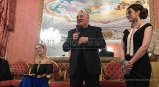 Gerardo Sacco: «Un mio gioiello all'asta per sostenere i terremotati d'Albania»