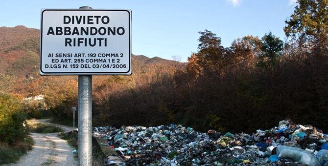 Divieto abbandono rifiuti