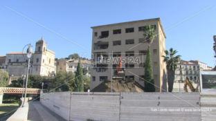 Cosenza, via alla demolizione dell'ex hotel Jolly