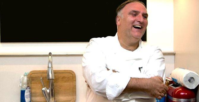 Lo chef spagnolo naturalizzato statunitense, Andrès