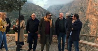 Il cantautore Brunori Sas in visita a Civita
