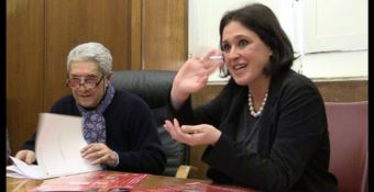 Il sindaco Elio Costa e la direttrice artistica Maria Teresa Marzano della Nuova Stagione Teatrale Comunale
