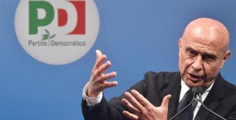 «Minniti ritira la candidatura», ma è un falso annuncio di agenzia