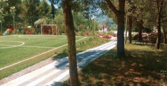 Campo sportivo nel parco comunale di San Roberto