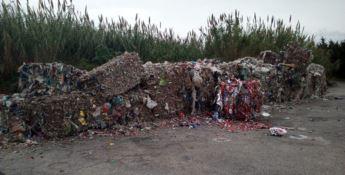 Tonnellate di rifiuti dalla Campania abbandonati a Lamezia
