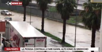 Maltempo, chiuso un tratto della statale 106 nel Crotonese