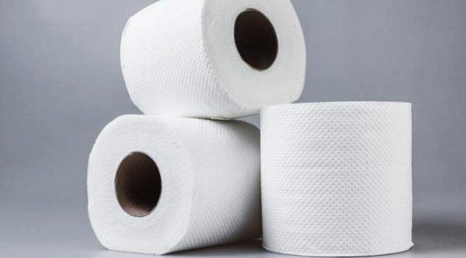 Rotoli Di Carta Igienica : Ruba rotoli di carta igienica vigile a processo