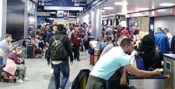 Aeroporto di Lamezia, in viaggio con proiettili nel trolley: fermato
