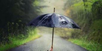 Allerta meteo, scuole chiuse anche nel Crotonese